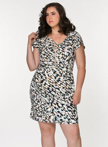 curvy women's black plus size summer dress with empire waist and short sleeves in abstract print