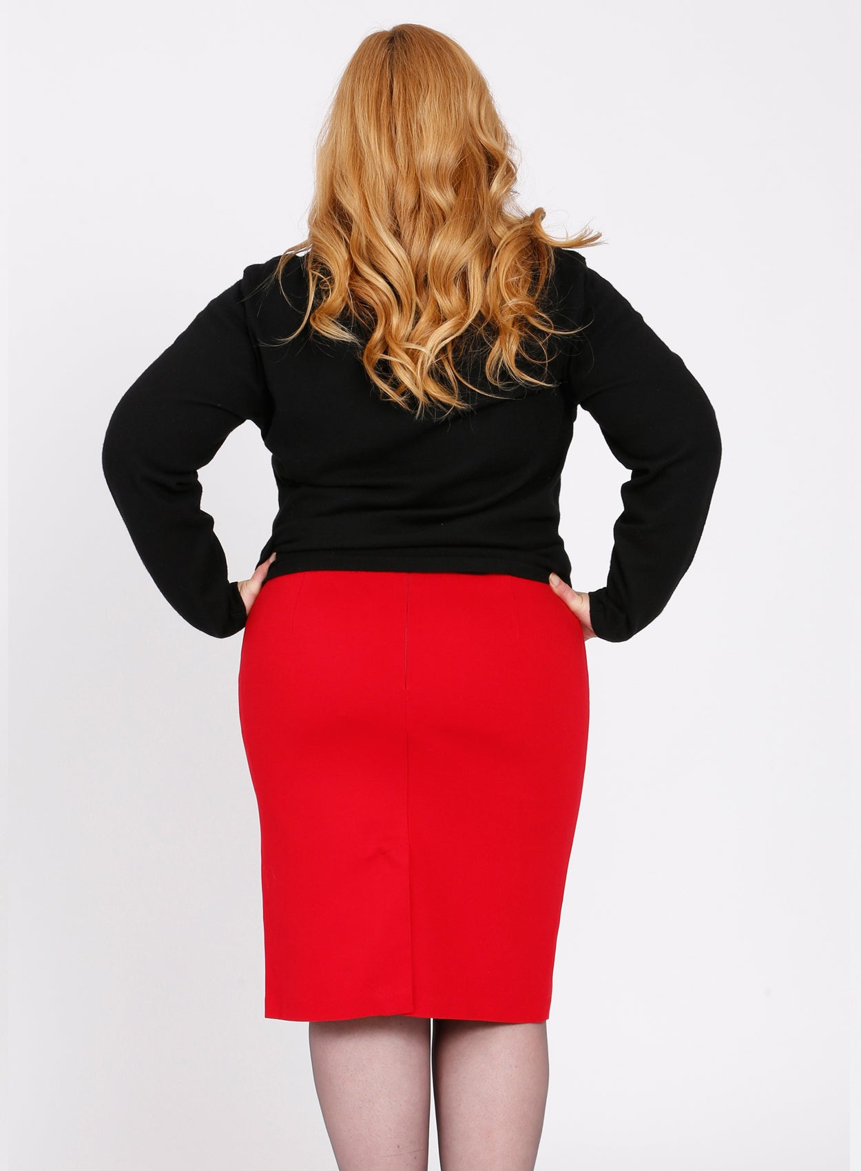 CURVY RED PLUS SIZE PONTE KNIT PENCIL SKIRT