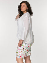 CURVY PLUS SIZE PENCIL SKIRT IN WHITE COTTON FLORAL PRINT