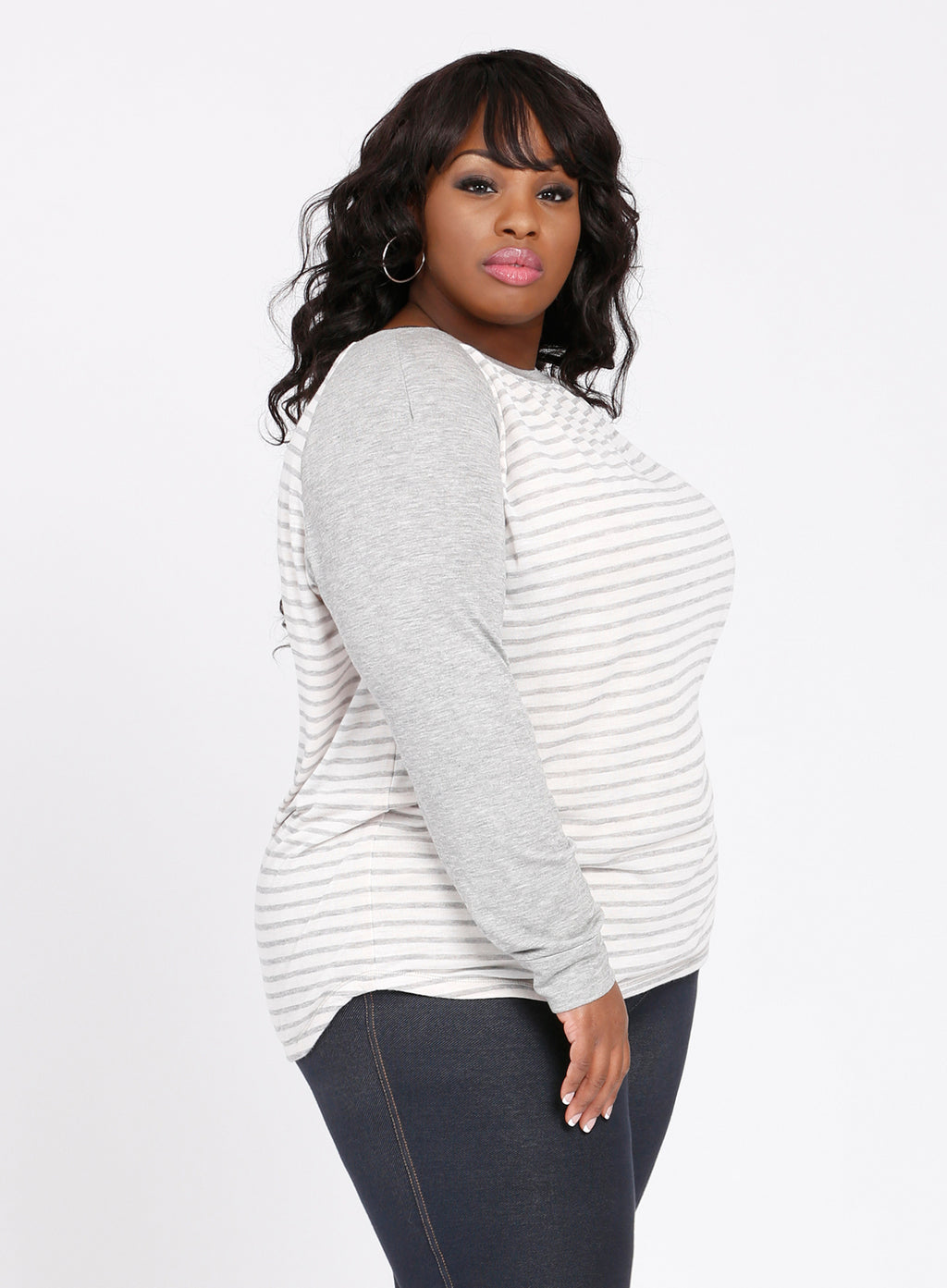 CURVY IVORY & GRAY STRIPED PLUS SIZE RAGLAN SWEATER WITH LONG SLEEVES