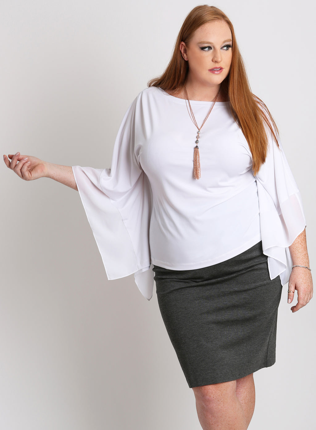 CURVY WOMEN'S WHITE PLUS SIZE KNIT TOP WITH SHEER CHIFFON SLEEVES