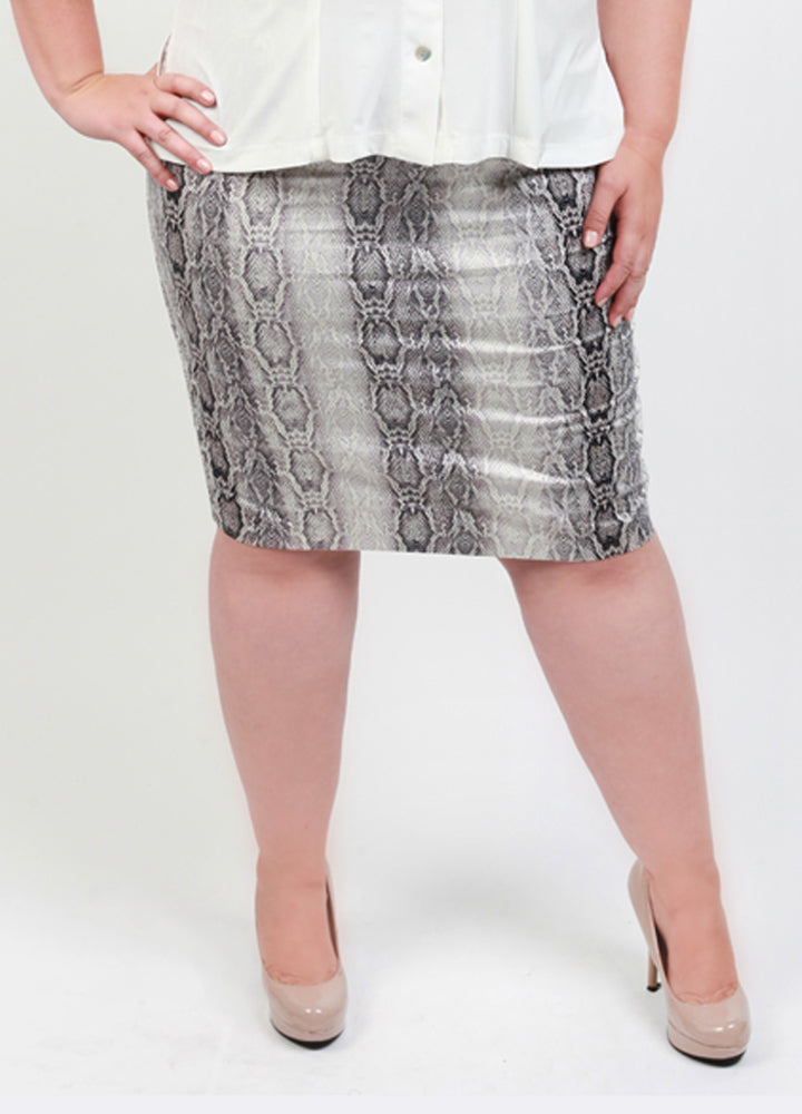 CURVY WOMEN'S PLUS SIZE COTTON PENCIL SKIRT IN SNAKE PRINT
