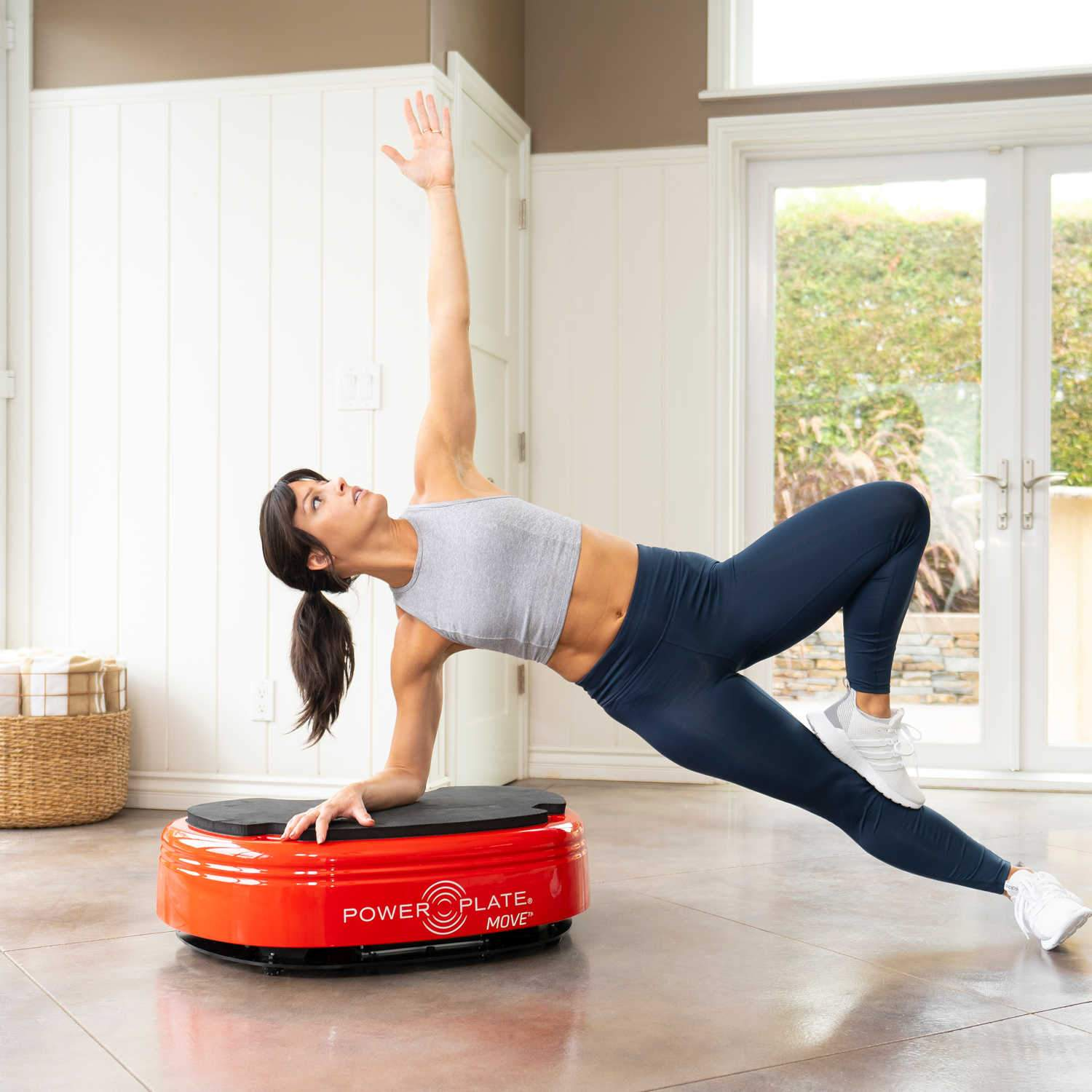 Power Plate MOVE vibration machine Power Plate Red