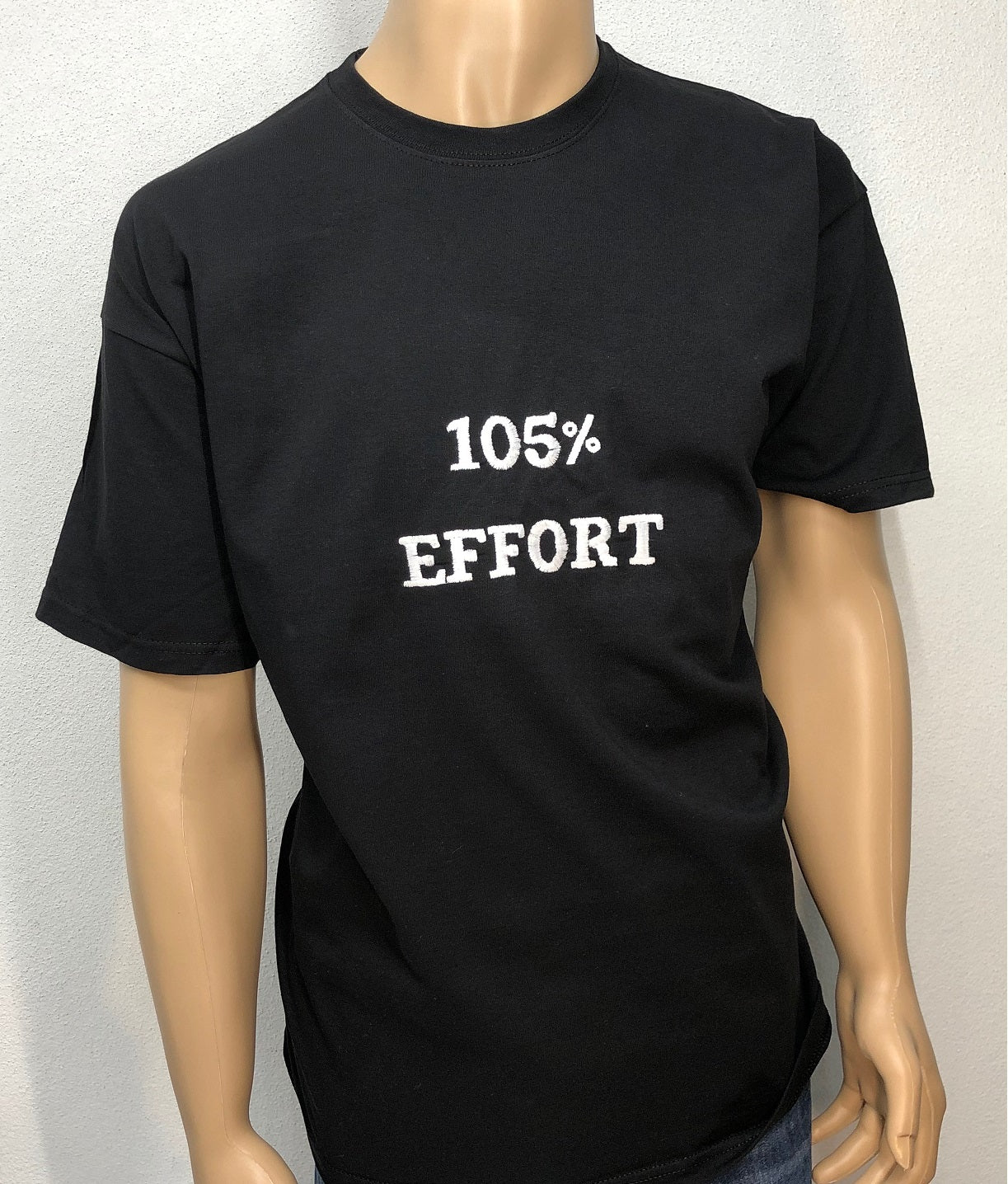105% effort 👕 Embroidered text T-shirt