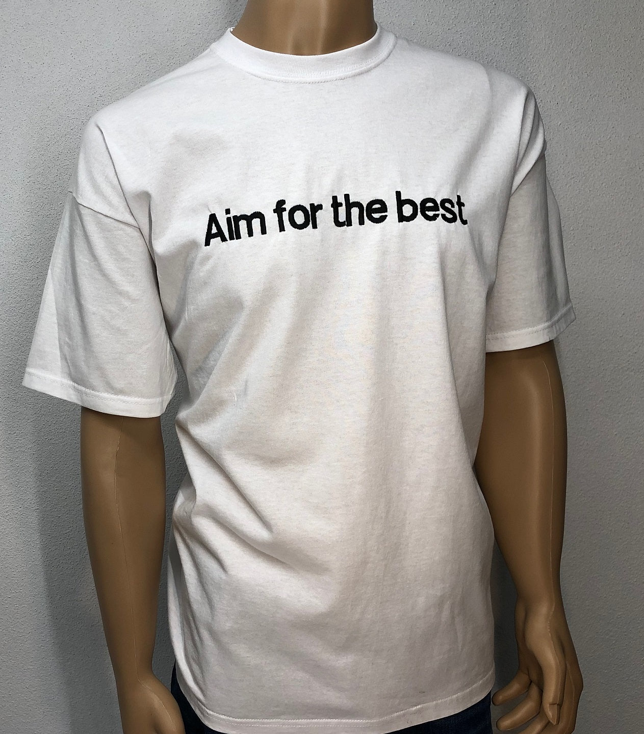 Aim for the best | Embroidered text T-shirt