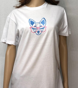 T-shirt with embroidered image of chihuahua with eyeglasses
