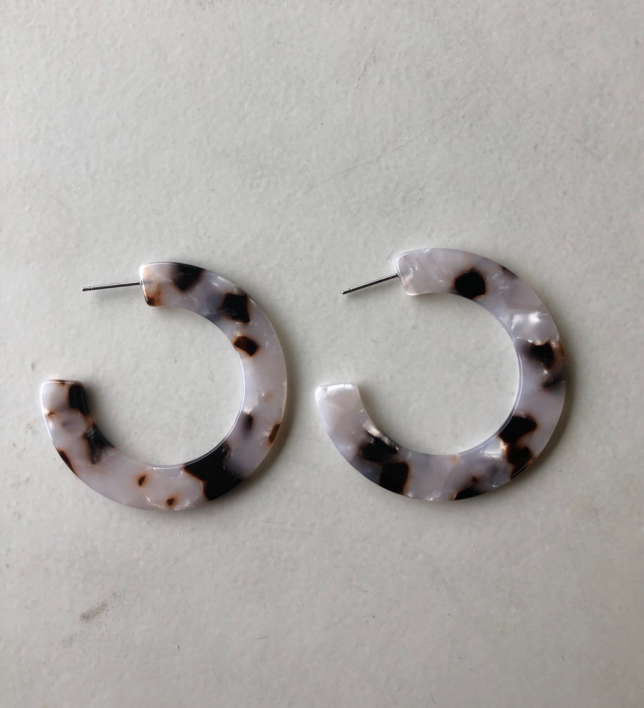 HARLOW Resin Thick Hoop Earrings