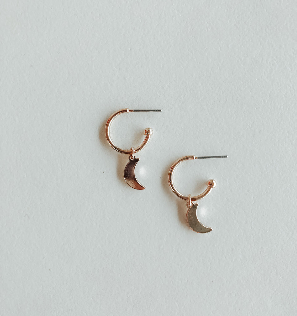 HARLOW Drop Moon Earrings