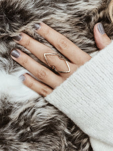 Double Edge Arrow Ring