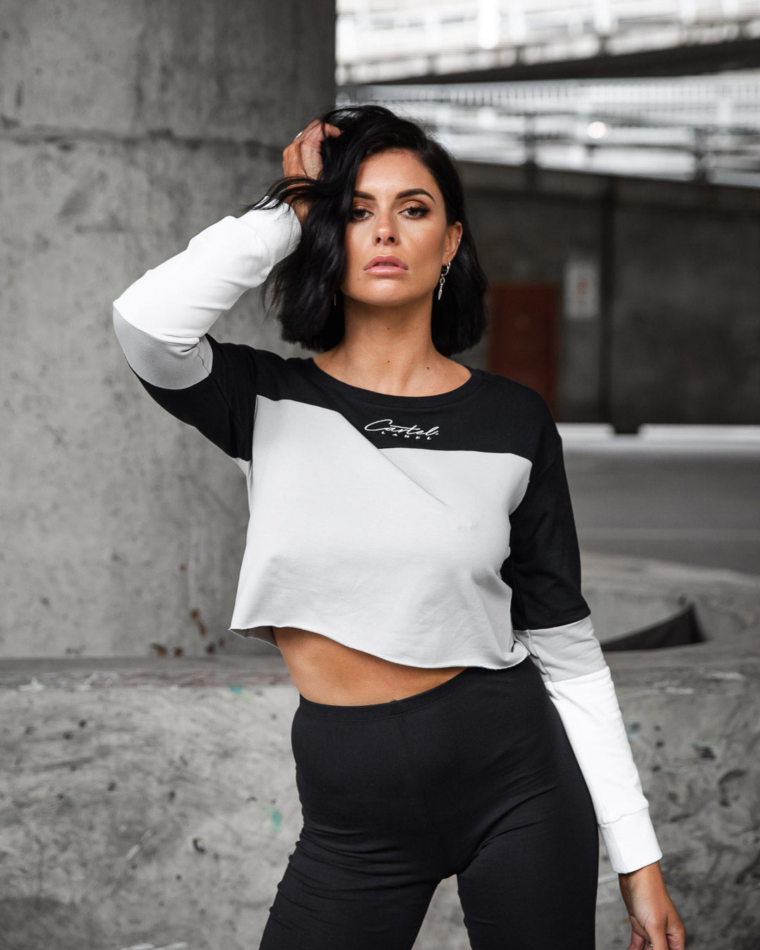 The Signature Cropped Jumper - Grey/White/Black