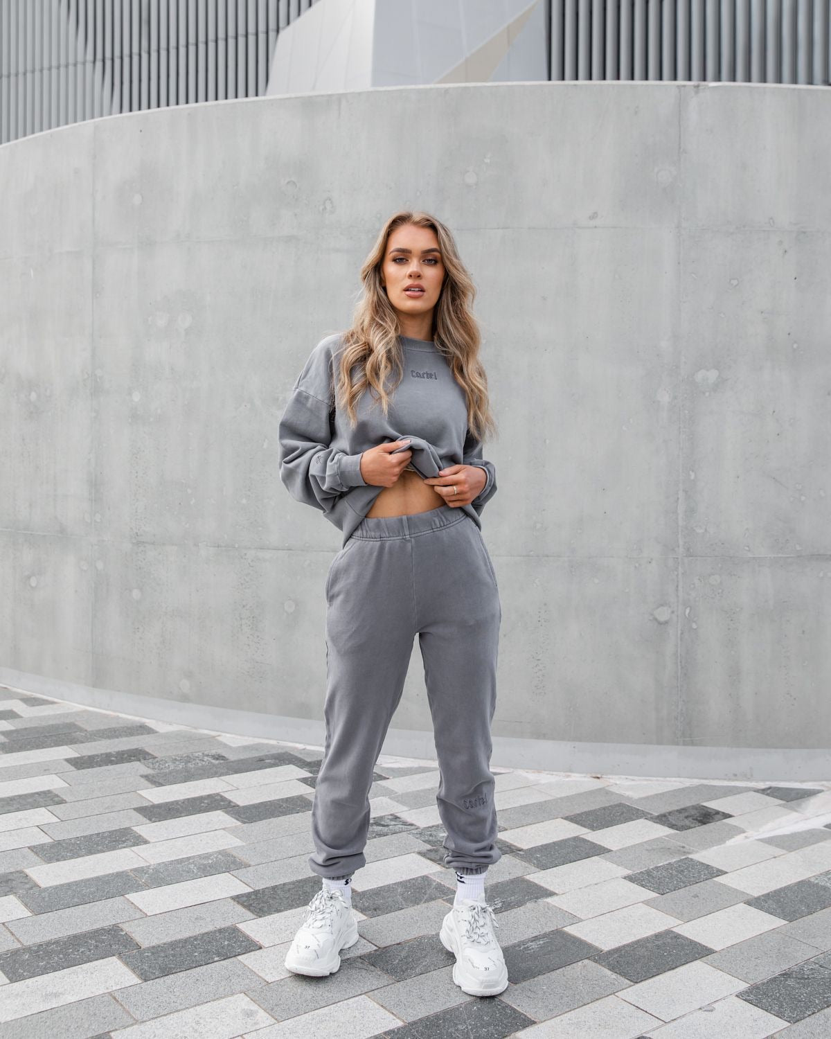 The Silhouette Sweatpants - Storm Grey