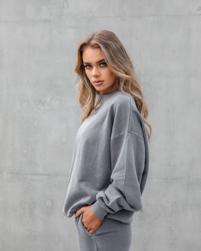 The Silhouette Sweatshirt - Storm Grey Secondary