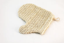 Load image into Gallery viewer, Natural Fiber Sisal Mitten & Soap Pouch