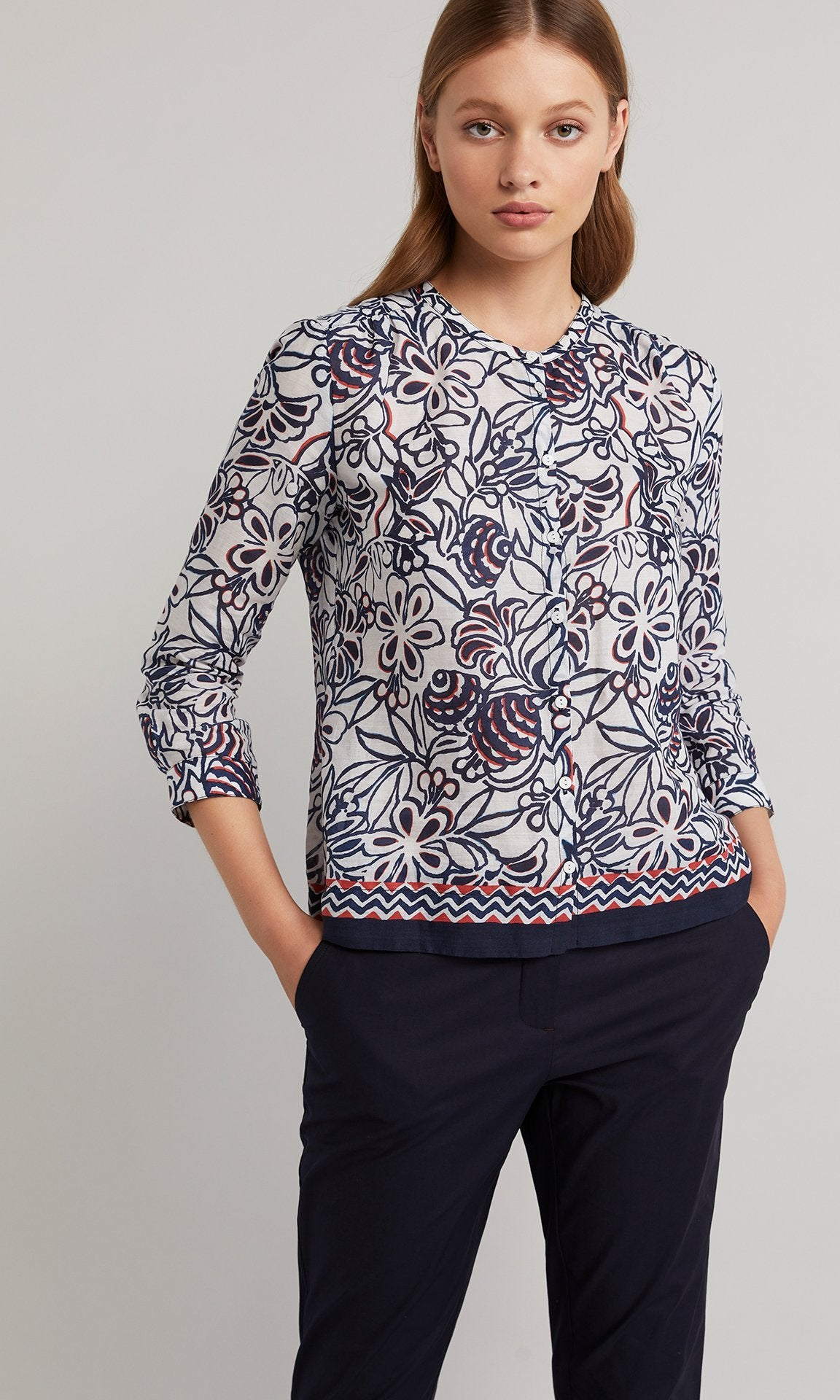 Vera Top  - Navy/White/Red