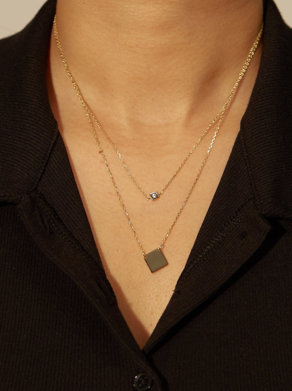THE DOUBLE SQUARE PENDANT NECKLACE