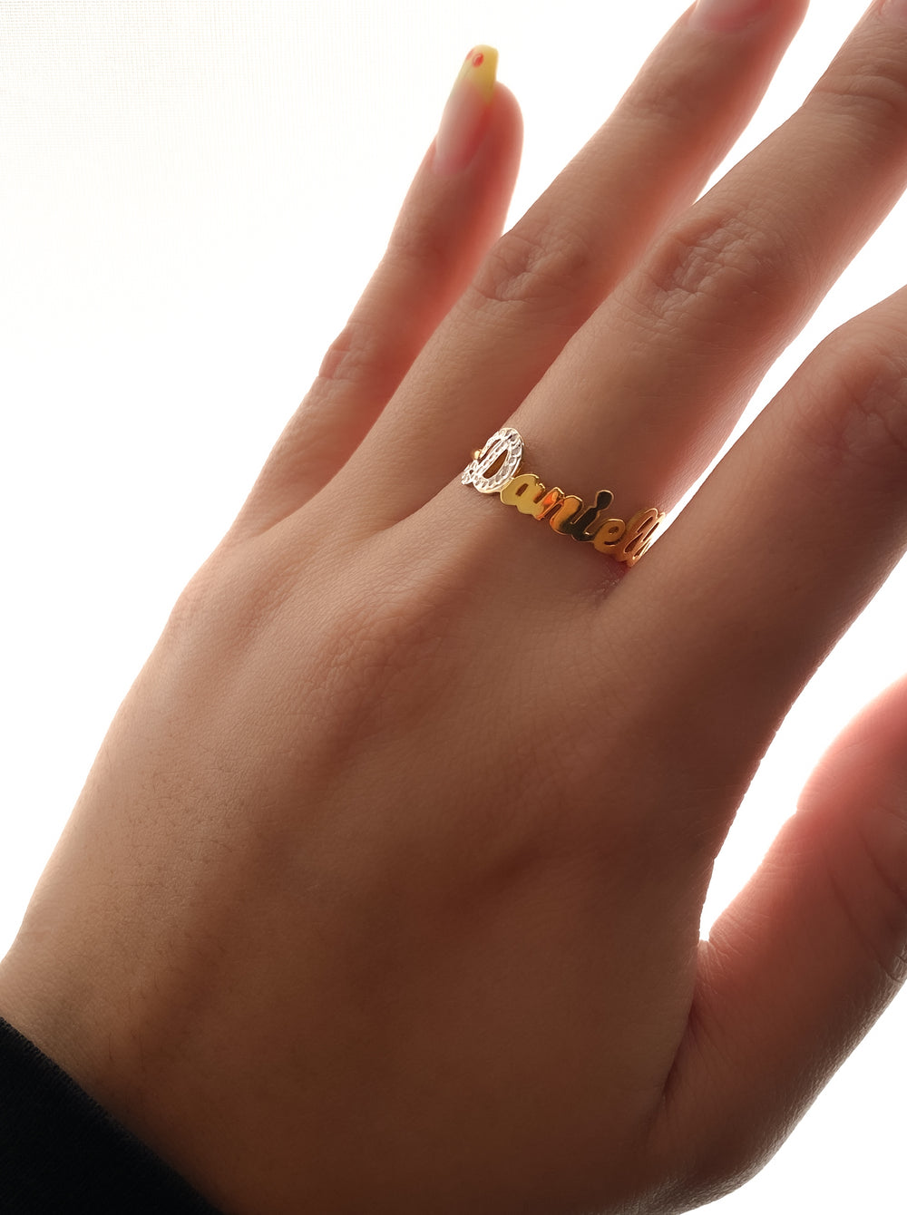 THE TINY SINGLE CUT LETTER RING