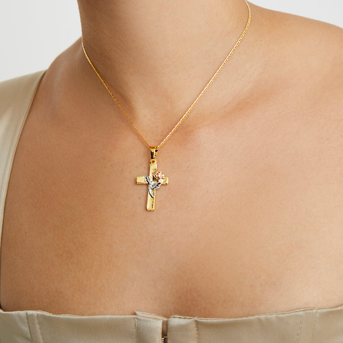 THE ROSE CROSS PENDANT NECKLACE