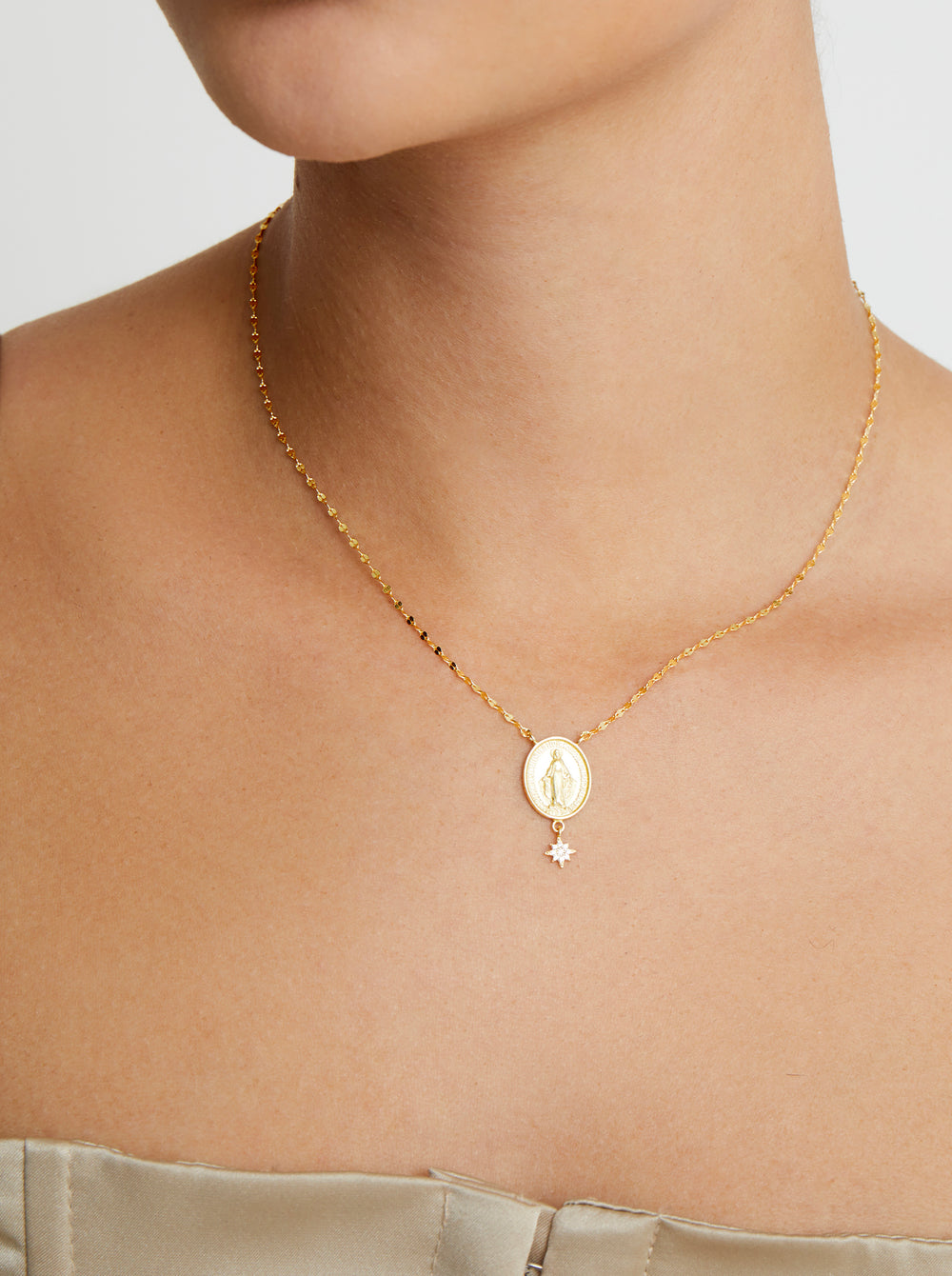 THE STAR MARY DROP PENDANT NECKLACE
