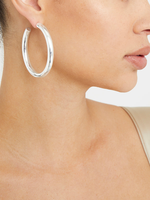 THE THICK HOOP EARRINGS
