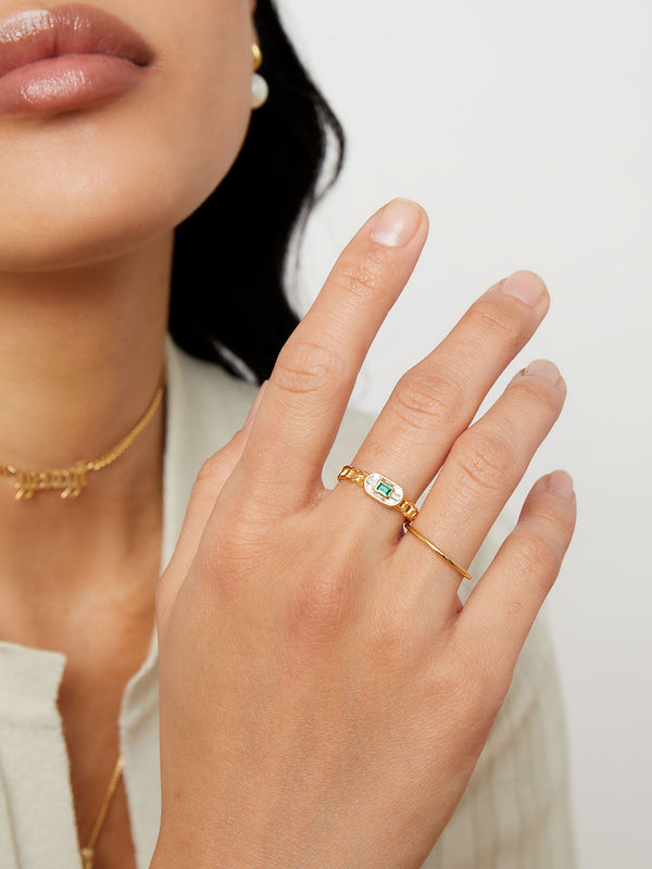 THE OPEN CURB LINK STONE RING