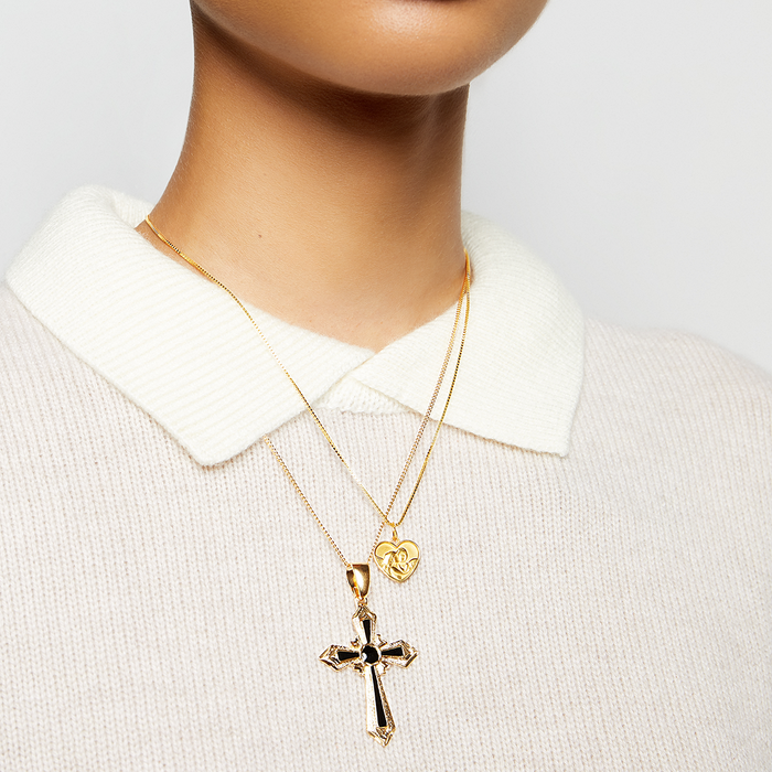 THE VERONA CROSS PENDANT NECKLACE