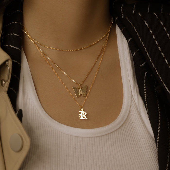 THE MINI OLD ENGLISH INITIAL PENDANT NECKLACE (UPPERCASE)