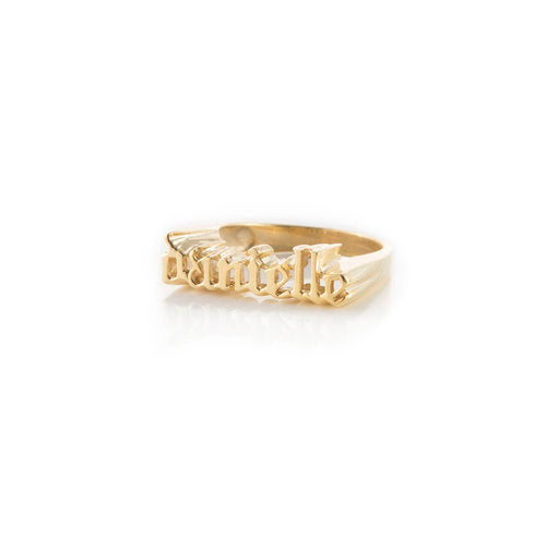 THE GOTHIC NAME RING (MENS)