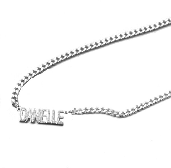 THE MINI NAMEPLATE NECKLACE