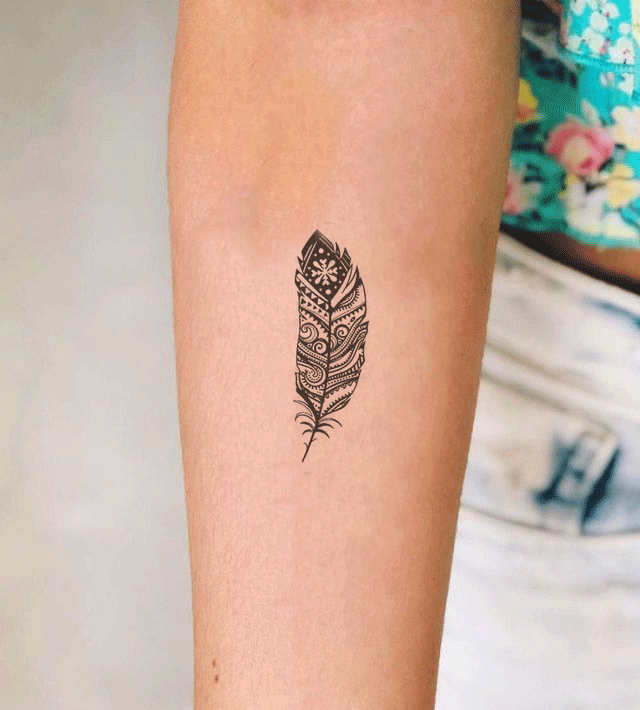 13 Feminine Feather Tattoos