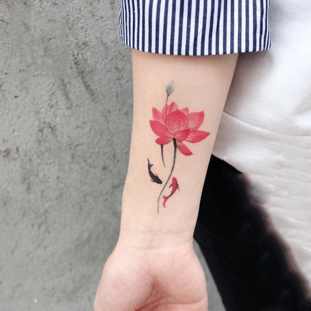 Red Lotus & Fish