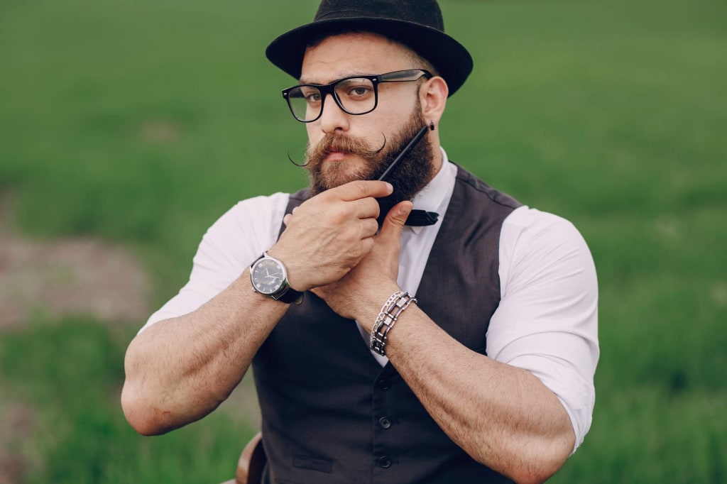 How to Choose the Right Beard Comb