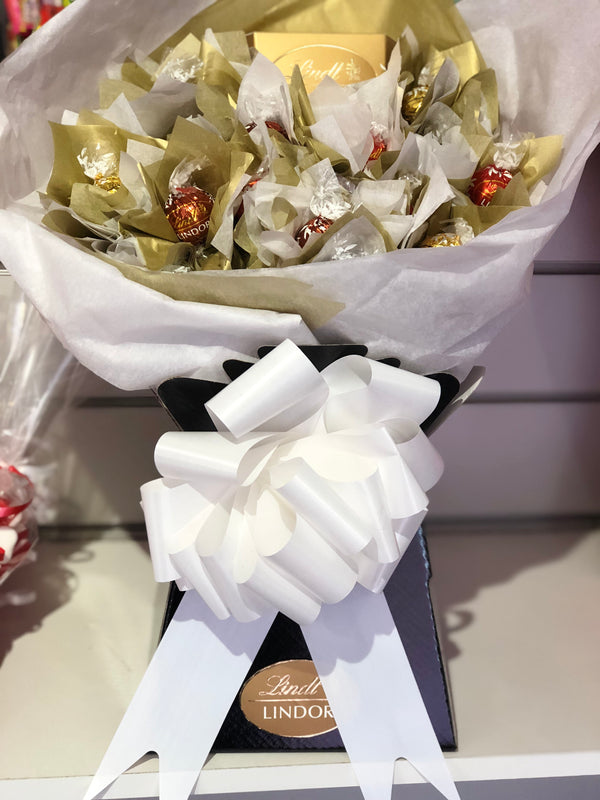 Gold Lindt Sweet Bouquet