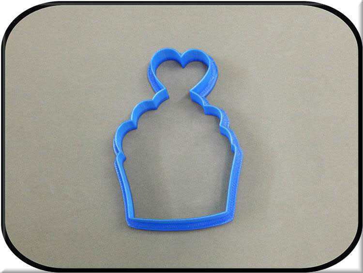 "4"" Cupcake with Heart 3D Printed Plastic Cookie Cutter-americantraditioncookiecutters"