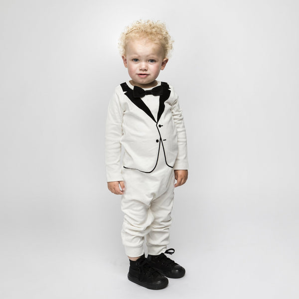 The Tiny Tuxedo - The Tiny Universe Suits/tuxedos