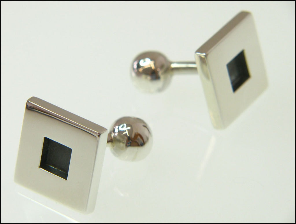 Black square cufflinks ( fixed )