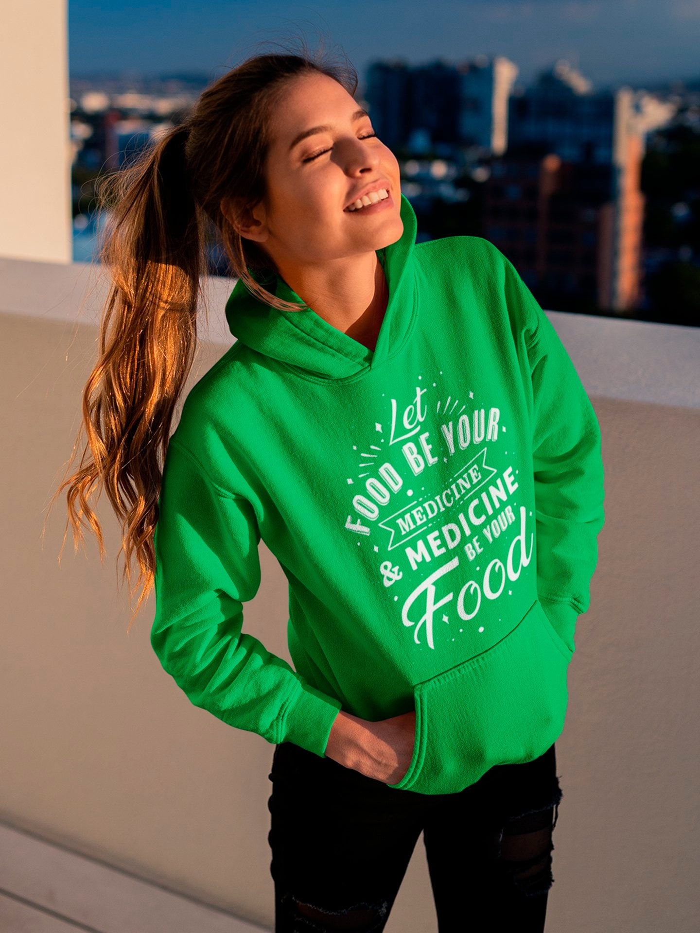Let food be your medicine - Green hoodie - Vegan