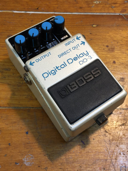 BOSS - DD-3 - Digital Delay - DD-3(A)/(B) 2nd Version. Blue Label
