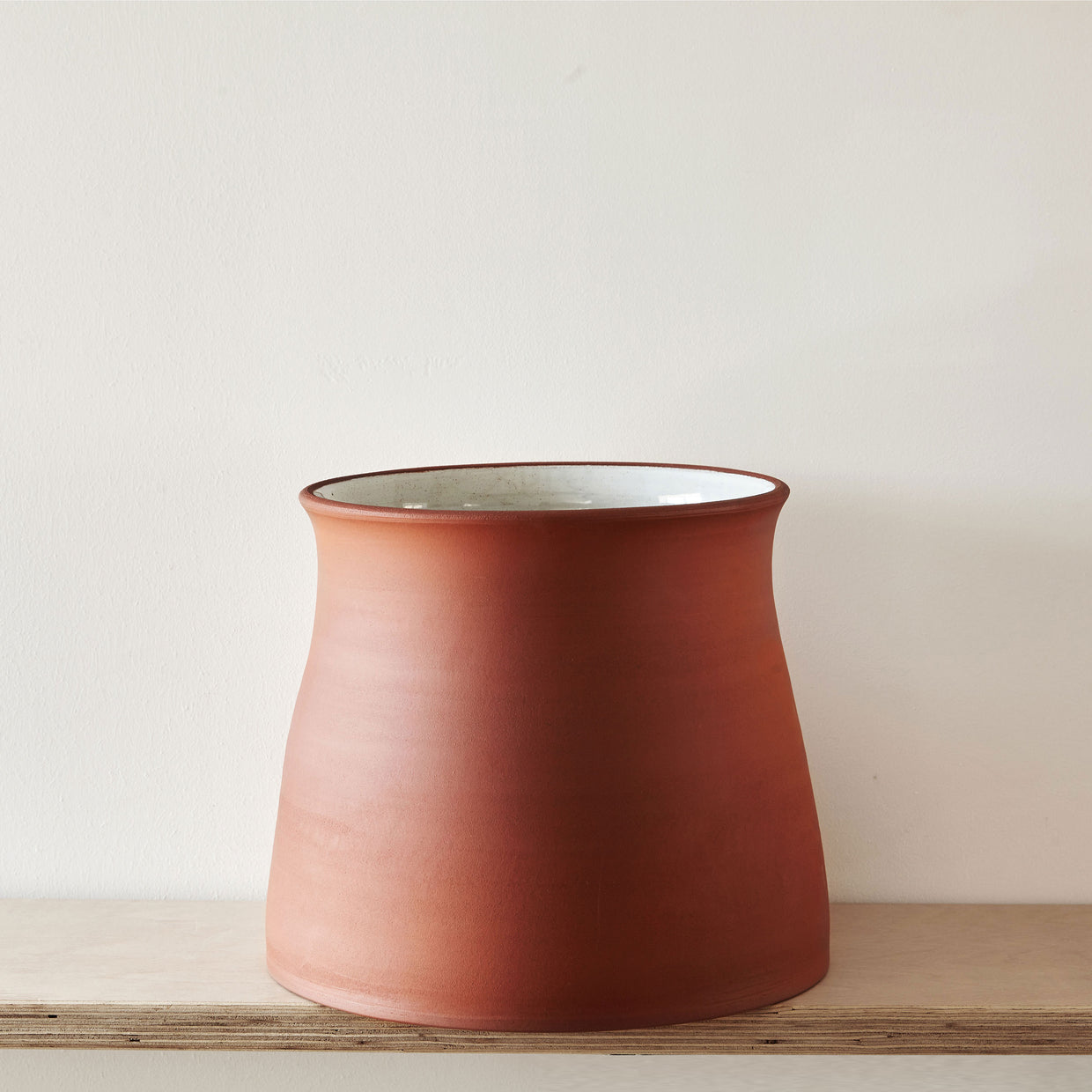 Terracotta plant pot large