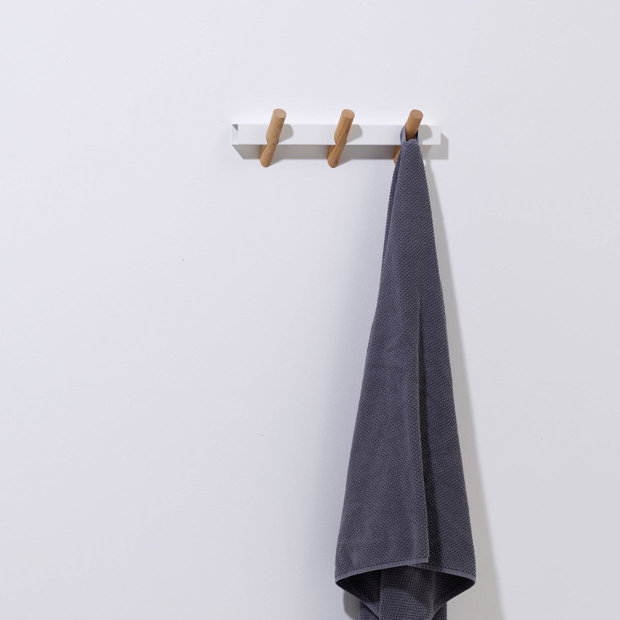 Crosscut coat hooks - small