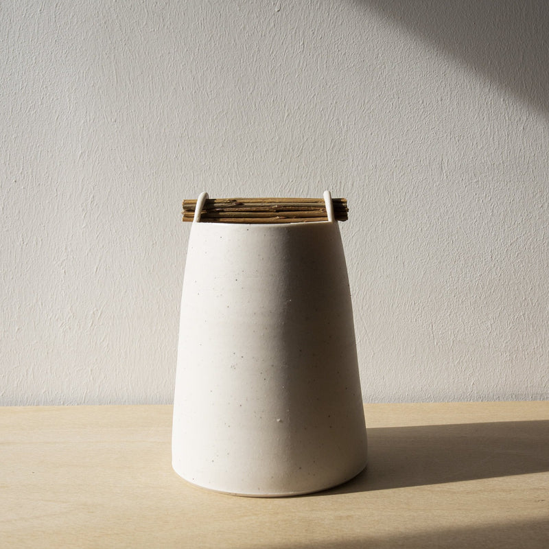 Speckled chalk willow vessel