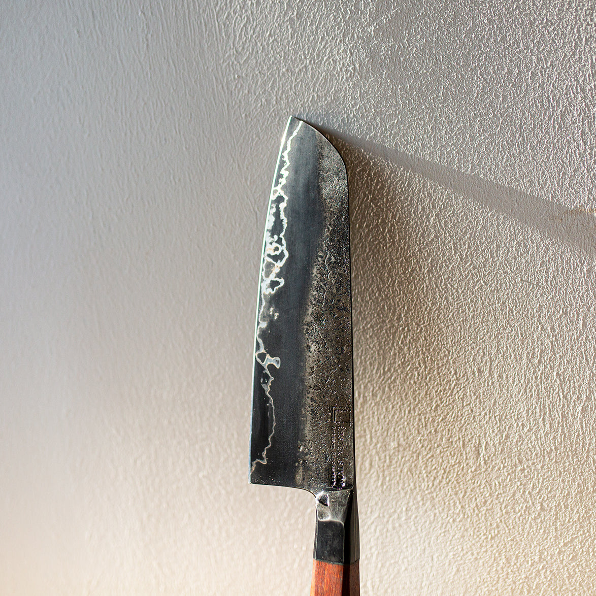 """Graphite"" Series San Mai (3 layers) Santoku with Pau Rosa wood handle"