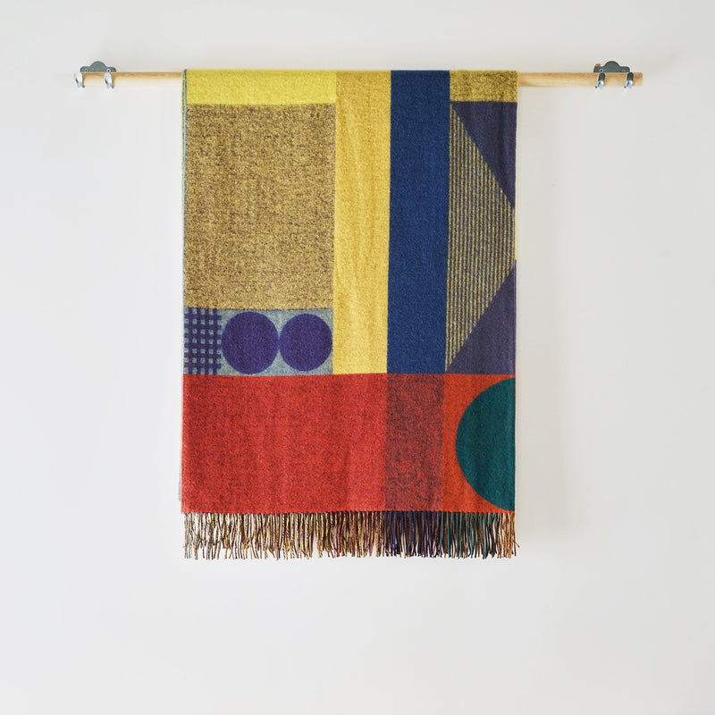 Carnival woven lambswool throw