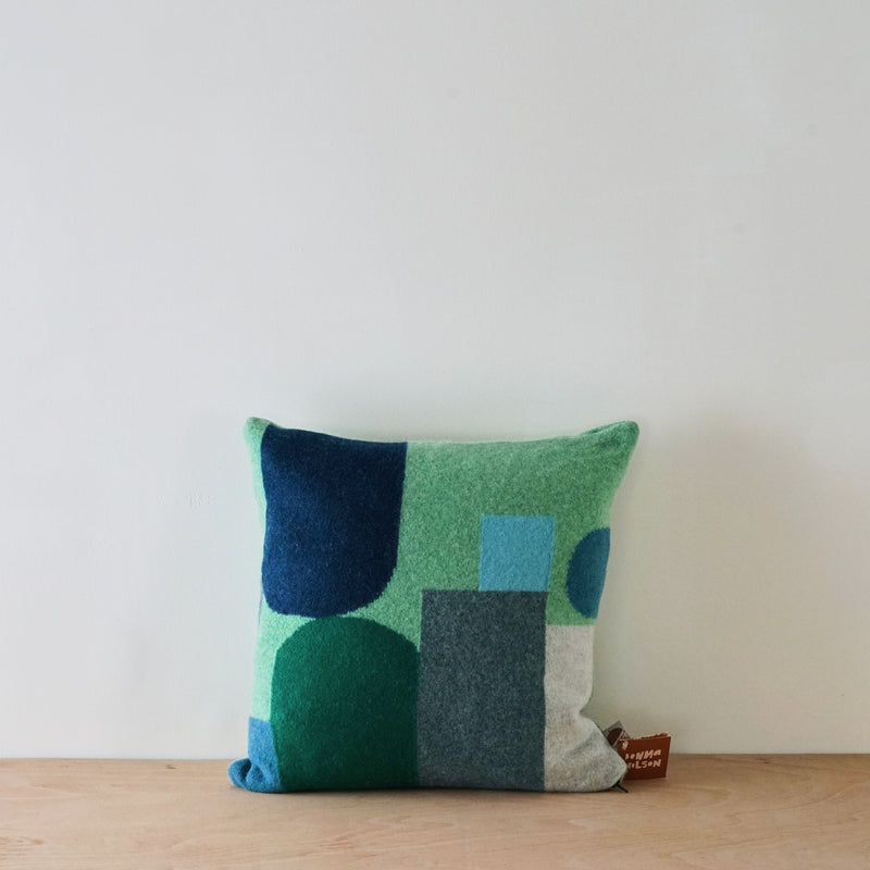 Hue cushion - blue