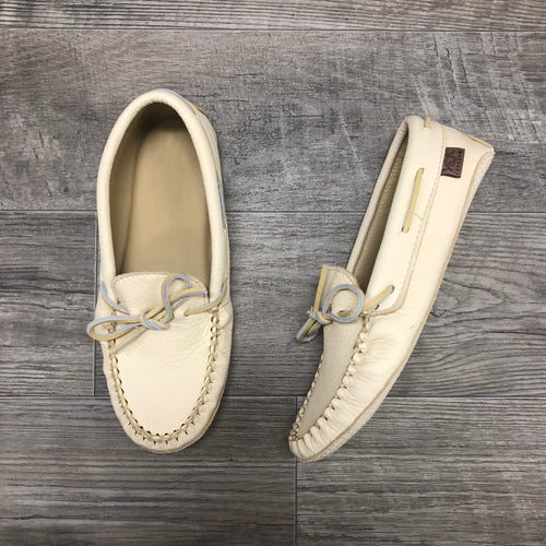 Natural Deerskin Moccasin