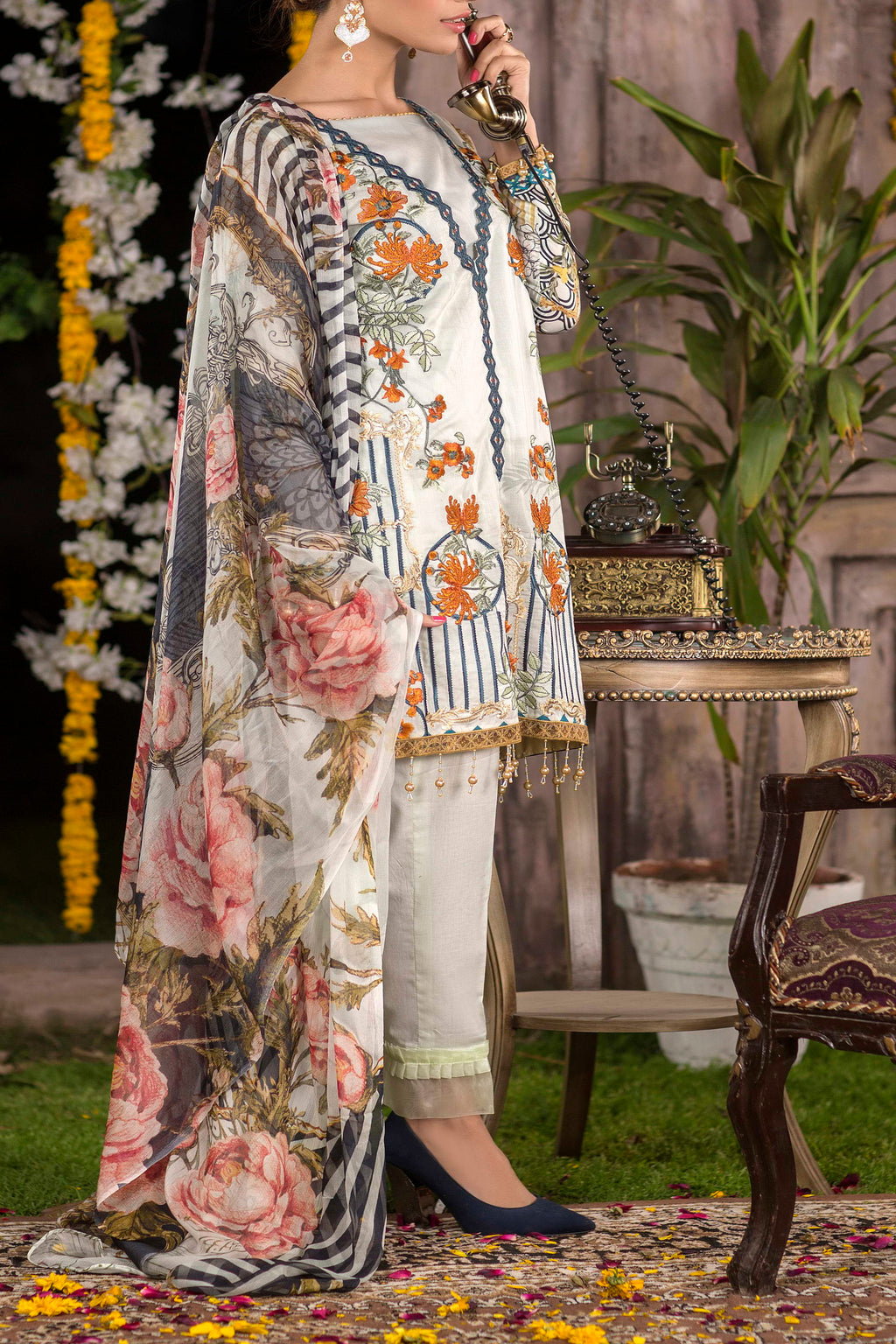 Shahkar Luxury Embroidered Lawn SHL-08