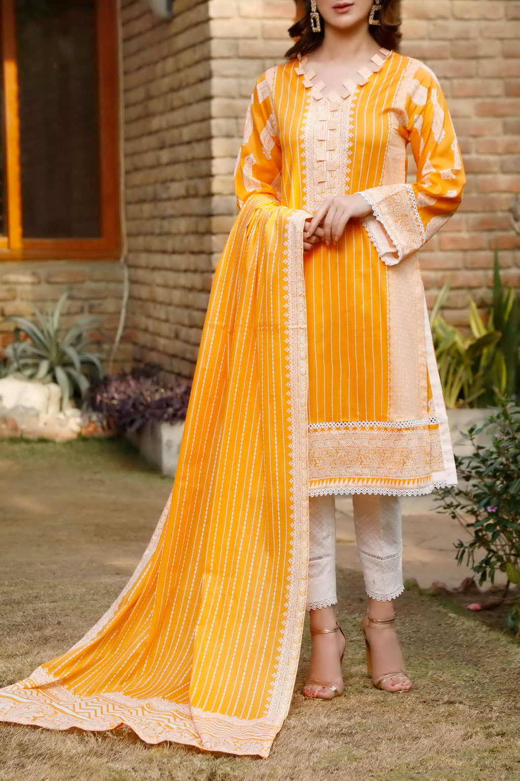 Daman Printed Lawn Collection 21-1304B