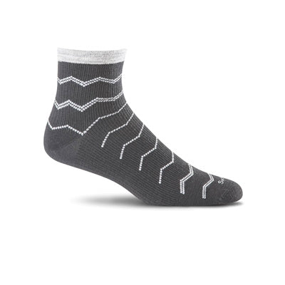 Plantar Ease Quarter Firm Compression Socks