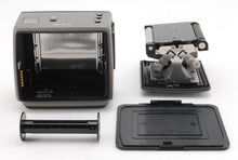 Load image into Gallery viewer, 【NEAR MINT+++】HASSELBLAD HM 16-32 FILM BACK MAGAZINE FOR H SERIES