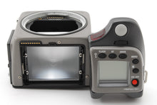 Load image into Gallery viewer, 【NEAR MINT+++】HASSELBLAD H1 MEDIUM FORMAT SLR Film Camera Body Only
