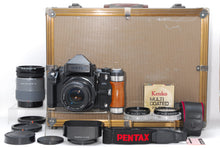 Load image into Gallery viewer, 【MINT IN HARD CASE】PENTAX 67II AE FINDER BODY W/ SMC TAKUMAR P 105MM F/2.4 MORE